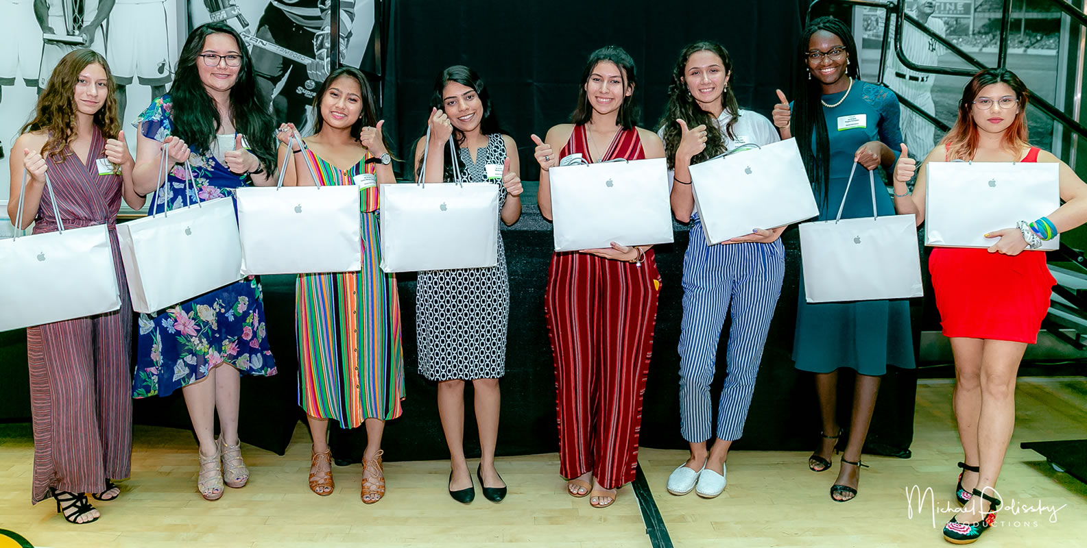 2019 ITWomen Scholarship Awards laptops 6-10-19-137